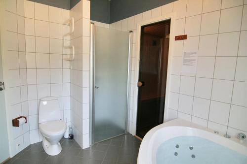 Three-Bedroom Holiday Home Vesten with a Sauna 06