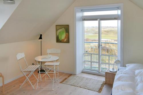 One-Bedroom Apartment Kystvejen 08