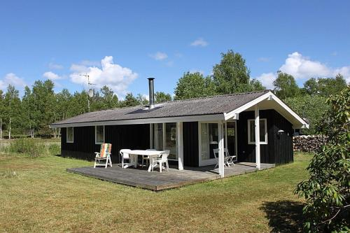 Three-Bedroom Holiday Home Ranunkelvej 03