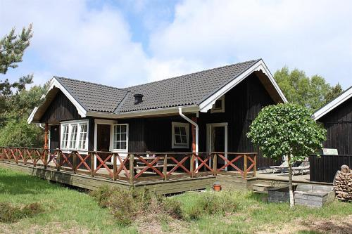 Three-Bedroom Holiday Home Blåtopvej with a Sauna 01