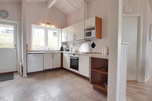 Three-Bedroom Holiday Home Skovriderv�nget with a Sauna 04