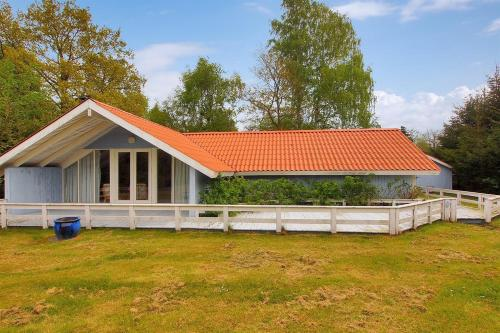 Three-Bedroom Holiday Home Ahornvej 07
