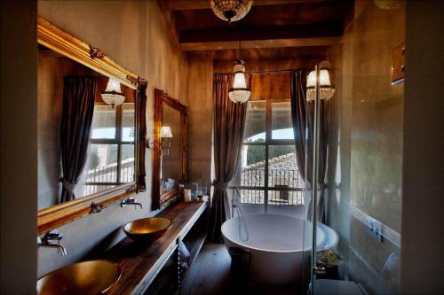 Suite con vistas a la montaña - No reembolsable La Vella Farga Hotel 5