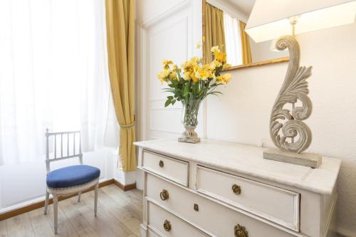 apartments center colmar location saisonni re 3 avenue de la republique 68000 colmar. Black Bedroom Furniture Sets. Home Design Ideas
