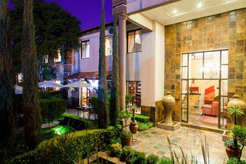 Constantia Manor Guest House (B&B)