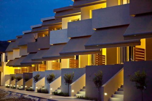 Xanthippi HotelApart front view