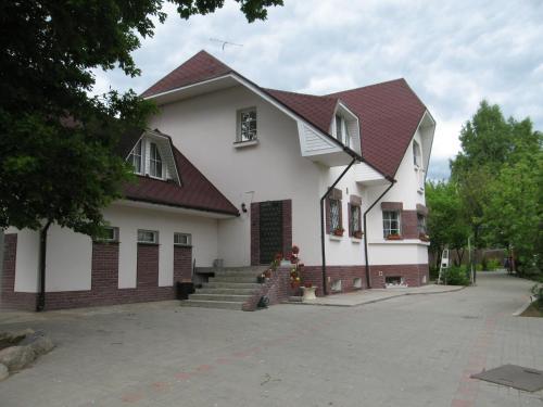 Motel Nadezhda front view