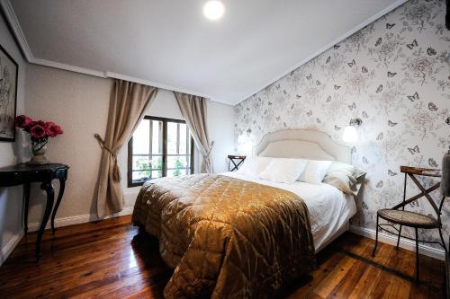 Отель Apartment Plaza Castillo 0 звёзд Испания