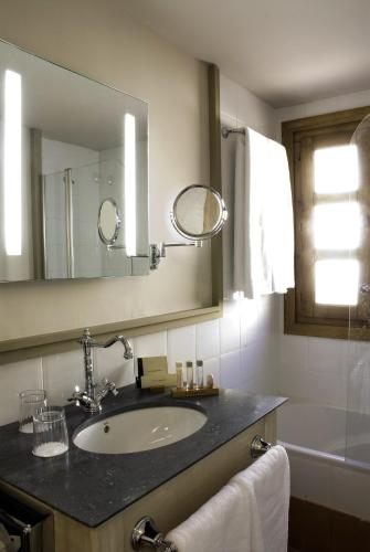 Habitación (1 o 2 adultos) - 1 o 2 camas Hotel San Antonio el Real 3