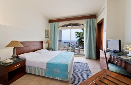 Double Room with Sea View - Egyptians and Residents Only