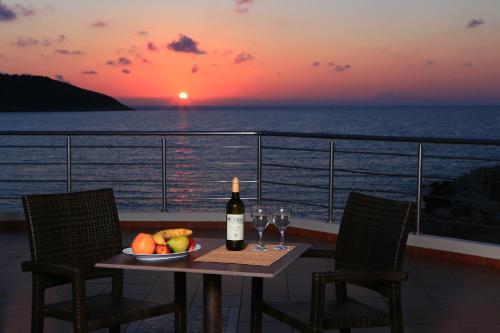 Picture of Faros Luxury Suites
