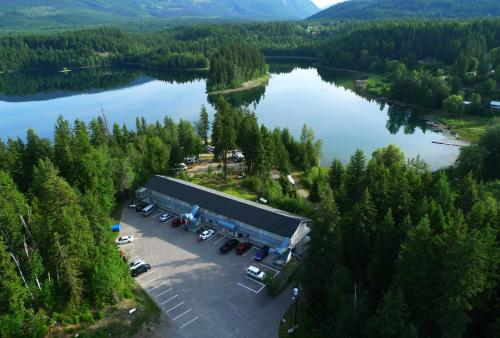 Picture of Dutch Lake Motel and RV Campground