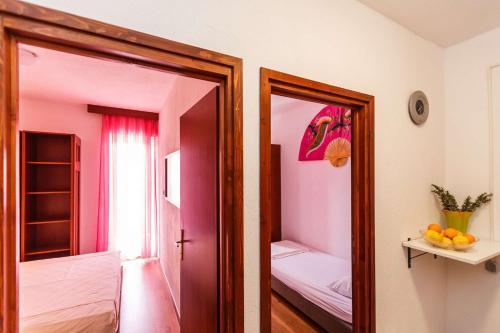 Apartments Sandra 724