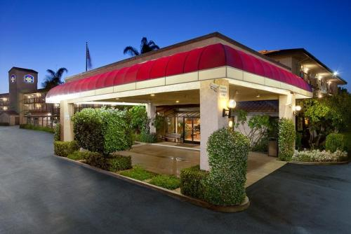Photo of Best Western Executive Inn Hotel Bed and Breakfast Accommodation in Rowland Heights California