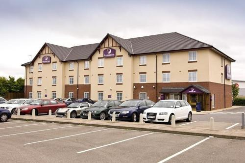 Premier Inn Coventry (m6 J2)