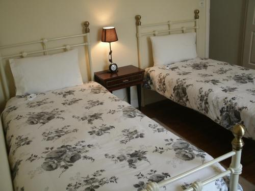 laura 39 s chambres d 39 h tes huelgoat. Black Bedroom Furniture Sets. Home Design Ideas
