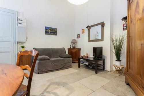 Colombet Stay's - rue Saint Firmin