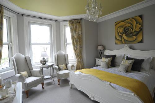Photo of Brindleys Hotel Bed and Breakfast Accommodation in Bath Somerset