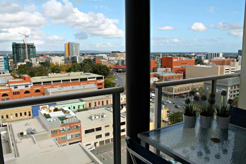 Adelaide DressCircle Apartments - North Terrace photo 12