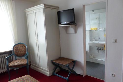 hotel waffenschmiede kiel. Black Bedroom Furniture Sets. Home Design Ideas