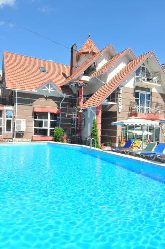 HotelVilla Kalyan Hotel