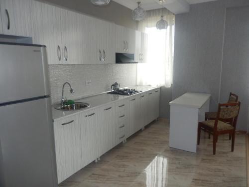 Апартаменты Елена 2015