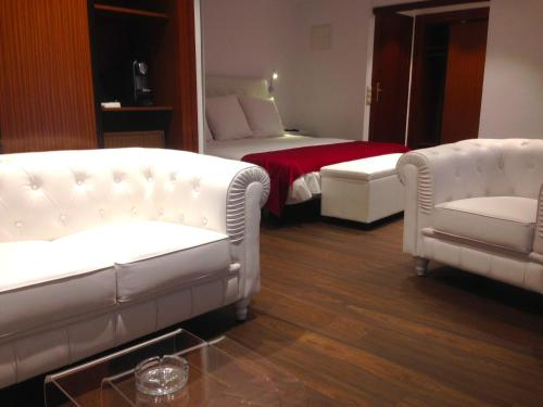 Suite Junior con chimenea y acceso al spa Hotel Del Lago 4