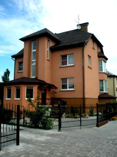 Klavdia Guesthouse