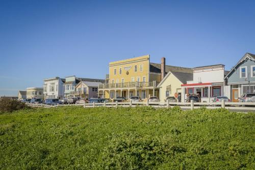 Mendocino Hotel Garden Mendocino North Coast Best Places To Stay