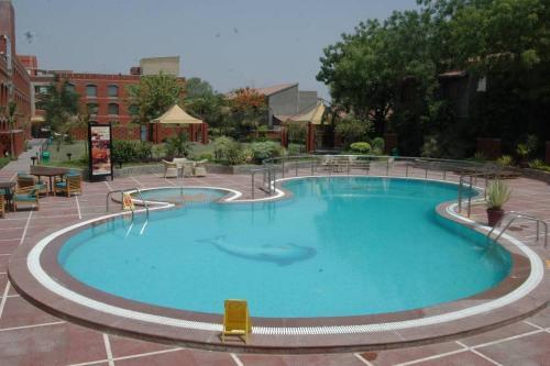 Отель Cambay Sapphire, Gandhinagar 4 звезды Индия
