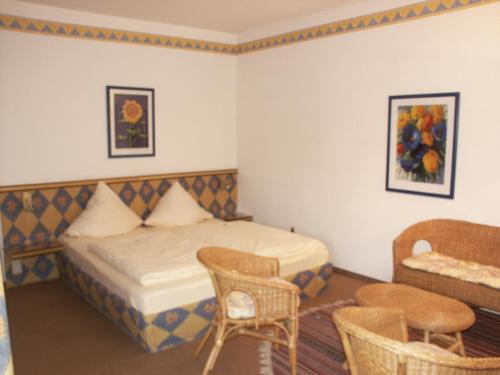 Edelstein Hotel