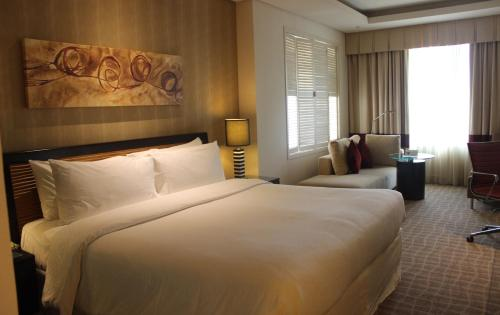 Four Points by Sheraton Bur Dubai photo 11