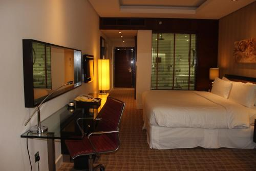 Four Points by Sheraton Bur Dubai photo 12