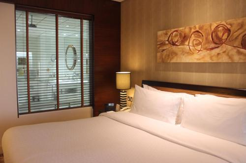 Four Points by Sheraton Bur Dubai photo 44