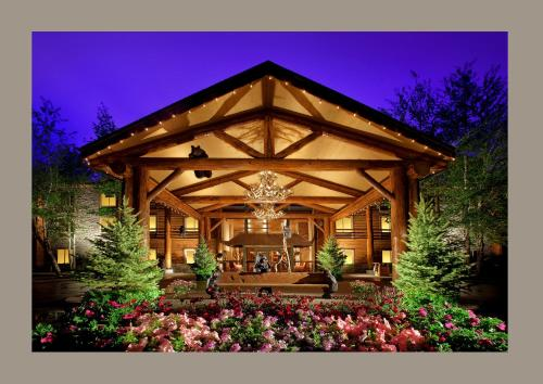 Photo of Best Western Plus The Lodge at Jackson Hole Hotel Bed and Breakfast Accommodation in Jackson Wyoming