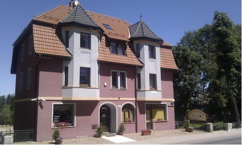 Отель Willa Pod Wieżami 0 звёзд Польша