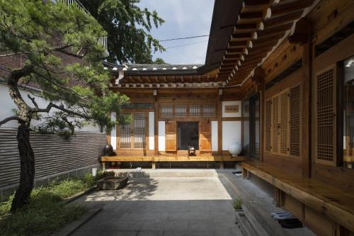 Xiwoo Hanok Guesthouse front view