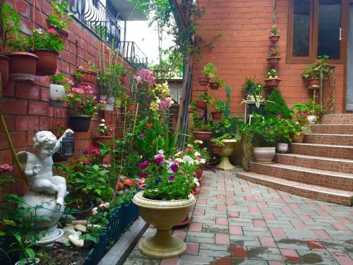 Guest House Lunacharskogo front view