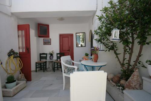 HotelStudios Bourgos II