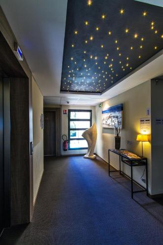 Hotel forme hotel montpellier sud est parc expositions for Appart hotel sud est france