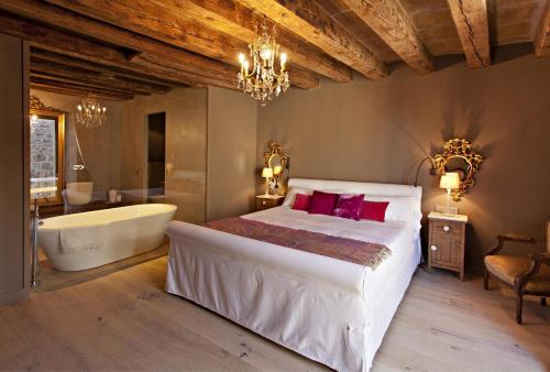 Superior Room La Vella Farga Hotel 3