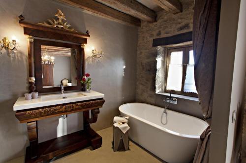 Superior Room La Vella Farga Hotel 2