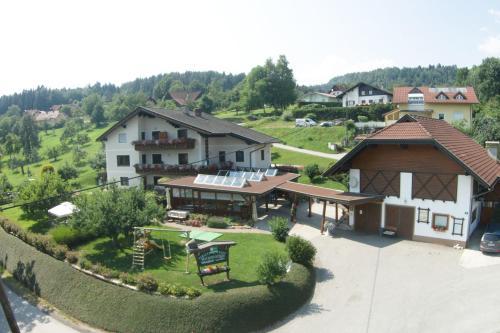 Ferienwohnungen Oranhof - Apartment mit 1 Schlafzimmer und Terrasse - Saisser See