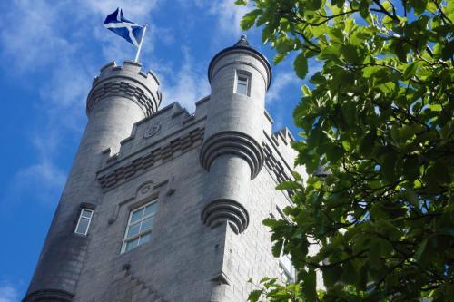 The Hansen Residence - The Citadel