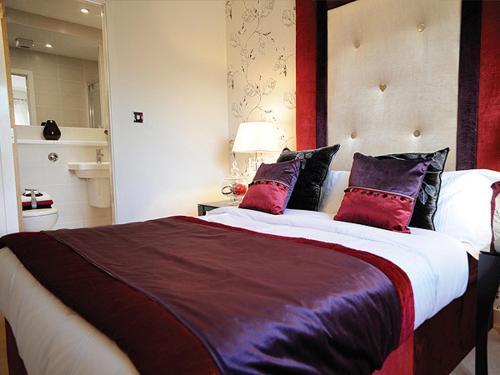 Photo of Fettes Apartments Hotel Bed and Breakfast Accommodation in Edinburgh Edinburgh