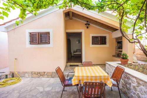 Apartment Andrije Buvine