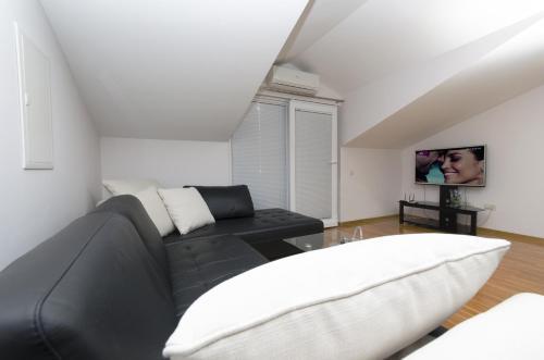 Apartments Naja