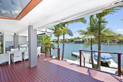 Noosa Waterfront Retreat