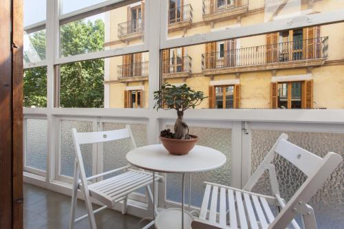 AB Home Apartments: Fideus