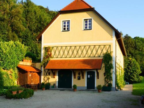 Ferien am Schloss Wald - Apartment mit 1 Schlafzimmer